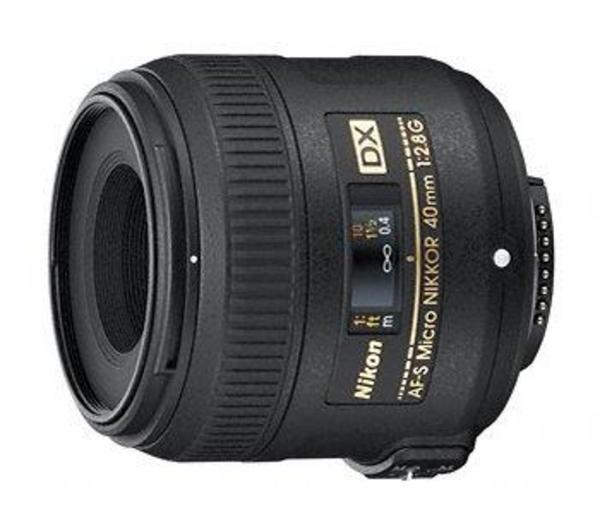 Micro-Nikkor - Macro lens - 40 mm - f/2.8 G AF-S DX - F - voor D7100