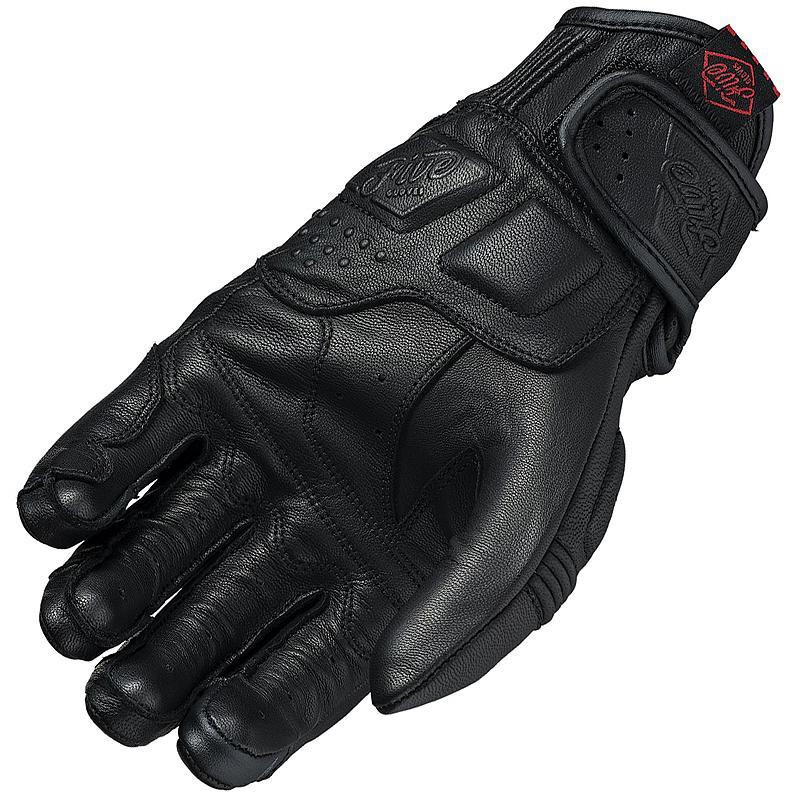 FIVE-gants-kansas-image-10720502