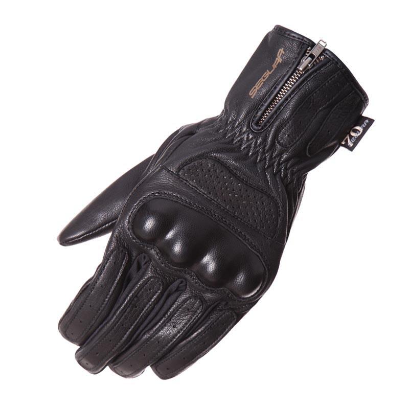 SEGURA-gants-justice-image-6477912