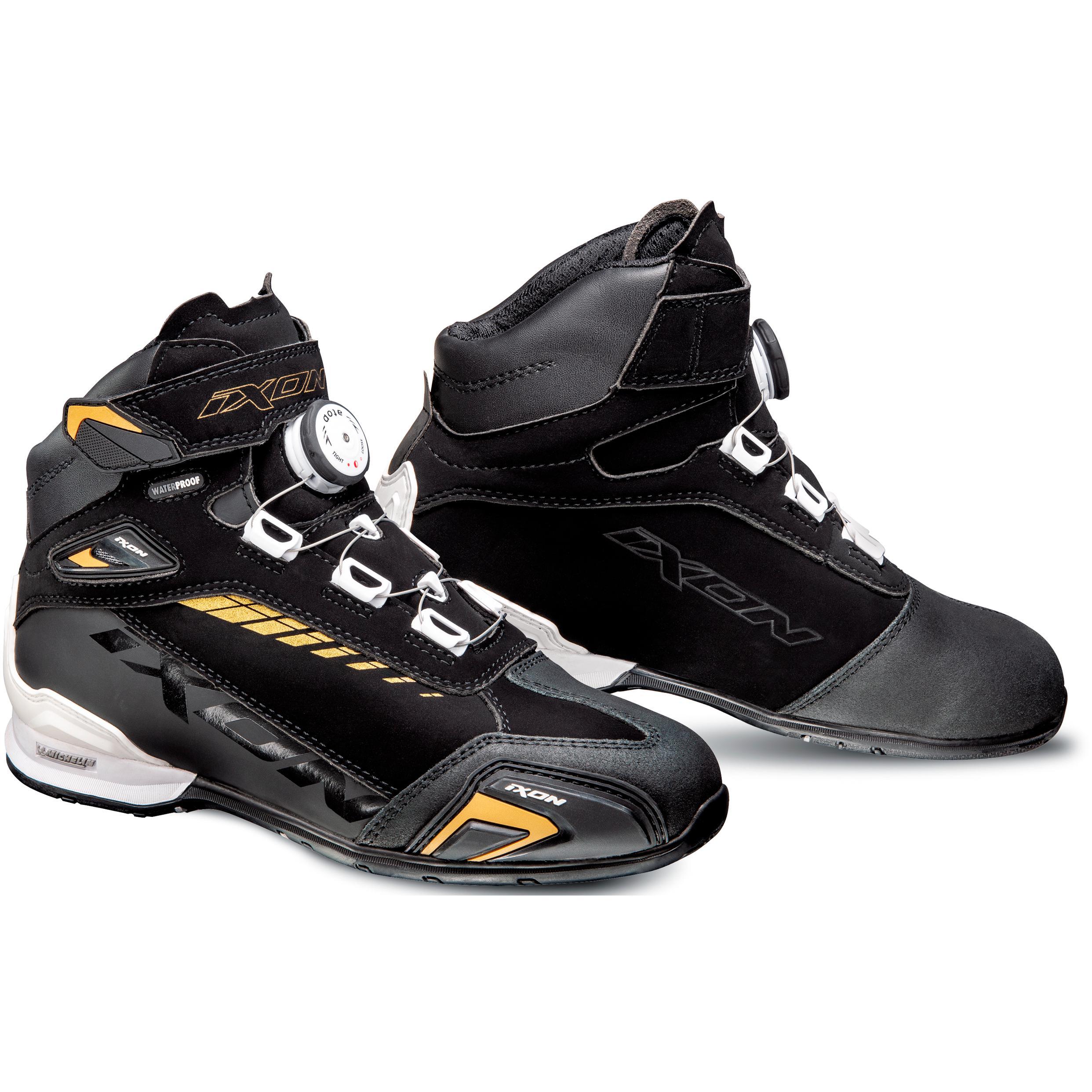 Baskets V Quattro CULT Bottes et chaussures